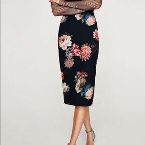Zara Floral Midi Length Pencil Skirt Black